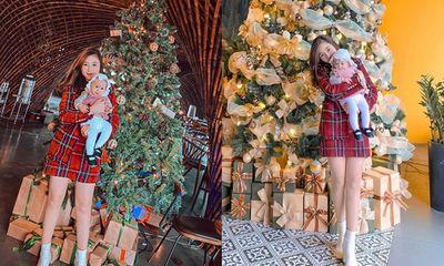 Khoe ảnh đón Noel vắng chồng, vợ Phan Văn Đức khiến dân tình xôn xao