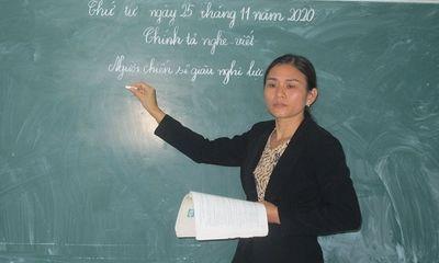 Cô giáo người Tày mắc bệnh hiểm nghèo vẫn miệt mài gieo chữ