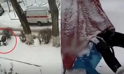 Người phụ nữ ngồi bất động trên ghế dưới trời mưa tuyết, biết được sự thật ai cũng