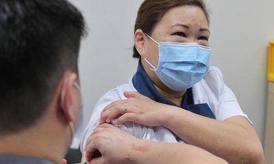 Quốc gia Đông Nam Á đầu tiên tiêm vaccine COVID-19 cho người dân