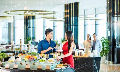 Trải nghiệm mùa lễ hội siêu sang tại khách sạn cao nhất Bắc Trung Bộ