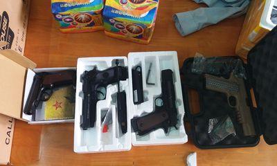 Triệt phá đường dây mua bán vũ khí, thu giữ 34 khẩu súng, hàng trăm đao kiếm
