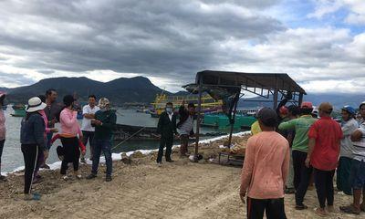 Tàu cá va đá ngầm ở Cam Ranh, 2 ngư dân tử vong và mất tích