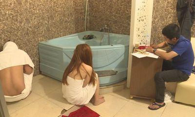 Vụ chân dài bán dâm tại quán massage Ngọc Trinh: Hé lộ số tiền ăn chia