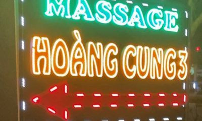 Bắt quả tang nữ tiếp viên bán dâm tại Hoàng Cung 3: Lộ diện