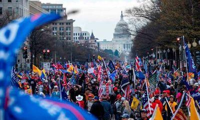 Mỹ triển khai vệ binh đối phó với đoàn người biểu tình ủng hộ Tổng thống Trump vào ngày họp Quốc hội mới