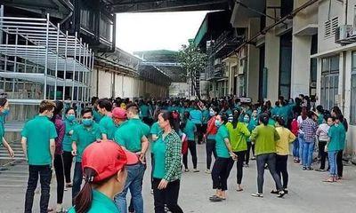 TP.HCM: Nổ bình gas máy lạnh công ty giày Gia Định, một công nhân bị thương