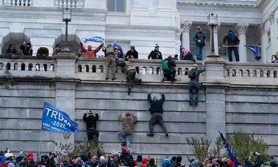 Biểu tình bạo loạn ở toà nhà Quốc hội: Twitter ra cảnh báo cực