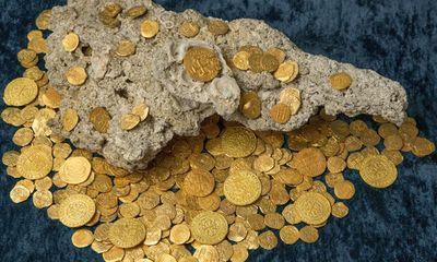 Lóa mắt trước kho vàng tiền tỷ chìm dưới đáy biển