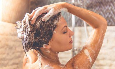 Dùng đèn sưởi nhà tắm vào mùa đông phải nhớ 3 điều này, nếu không muốn gặp rủi ro