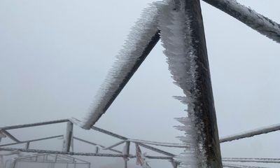 Nhiệt độ xuống -2 độ C, Cao Bằng, Lạng Sơn băng giá phủ kín nhiều nơi