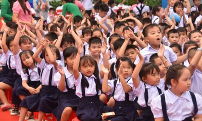Quy định cấm dạy thêm không chặt, học sinh khổ... từ lớp 1