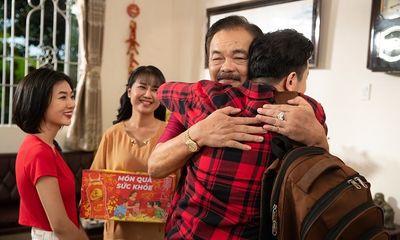 Trà Dr Thanh lan tỏa thông điệp tri ân cha mẹ sau một năm khó khăn trong MV Tết