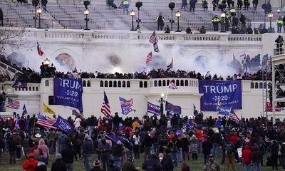 FBI cảnh báo biểu tình bạo lực khắp nước Mỹ vào tuần tới