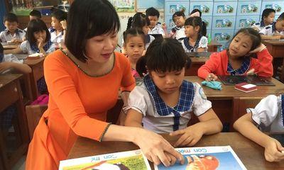 Tấm lòng nhân hậu của cô giáo đồng hành cùng trẻ tự kỷ suốt nhiều năm
