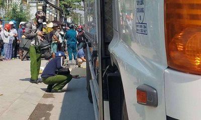 Va chạm kinh hoàng với xe tải, nữ sinh tử vong thương tâm trên đường đi học về