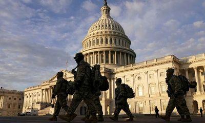 Nước Mỹ căng như dây đàn, phong tỏa trung tâm Washington