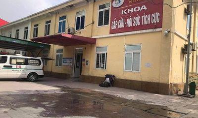 Nghệ An: Nổ bình oxy trong xe cứu thương, một người bị thương nặng