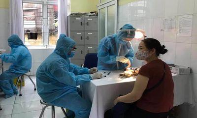 Ghi nhận thêm 53 ca nhiễm COVID-19, Chính phủ tiếp tục họp khẩn