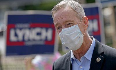Nghị sĩ Mỹ nhiễm COVID-19 sau khi tiêm liều vaccine thứ hai