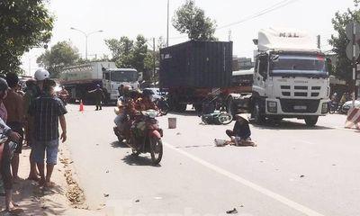 2 ông cháu tử vong thương tâm dưới bánh xe tải