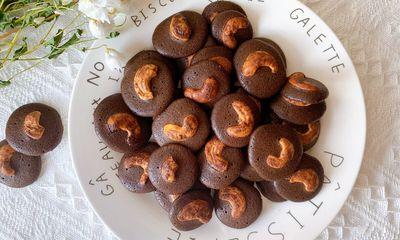 Bí quyết làm bánh đồng xu hạt điều thơm ngon, dành đãi khách dịp Tết