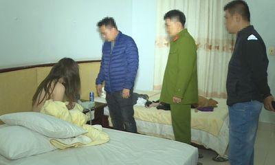 Phá đường dây mua bán dâm phục vụ tận nhà ở Hà Nội: Khách trả giá