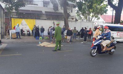 Tin tai nạn giao thông ngày 2/2: Người phụ nữ chết thảm dưới bánh xe thư báo