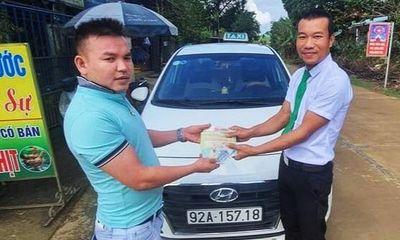 Bỏ quên 200 triệu đồng trên taxi, người đàn ông được tài xế trả lại