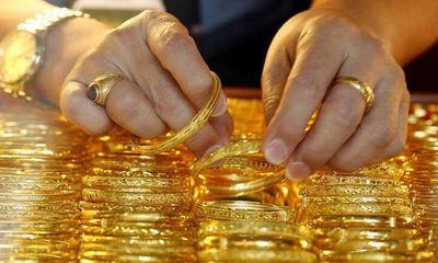 Giá vàng hôm nay 4/2: Giá vàng SJC bán ra 56.82 triệu đồng/lượng