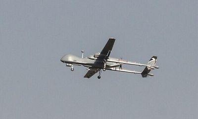 Máy bay không người lái Israel bị tên lửa nhắm bắn khi bay qua Lebanon