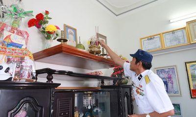Tặng quà tết cho 14 gia đình thương binh, liệt sĩ