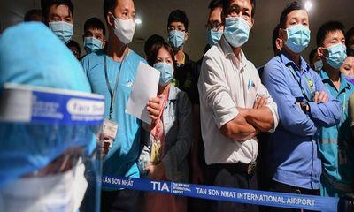 Thêm 24 ca nghi mắc COVID-19 liên quan đến nhân viên sân bay Tân Sơn Nhất