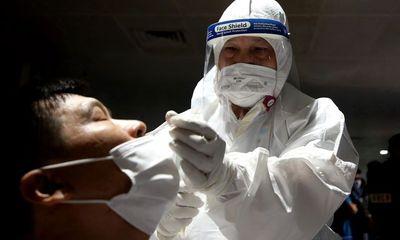 1.600 nhân viên bốc xếp sân bay Tân Sơn Nhất sẽ xét nghiệm kháng thể COVID-19