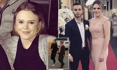 Nữ giáo viên xinh đẹp bị bắt vì quan hệ với nam sinh 14 tuổi, kiên quyết phủ nhận mọi cáo buộc trước toà