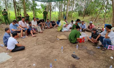 Vụ Trưởng công an huyện hóa trang đánh úp trường gà: Gần 100 con bạc