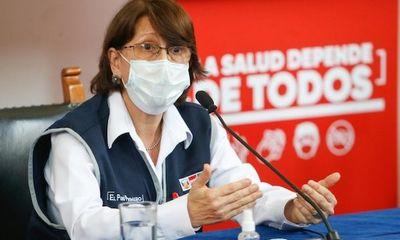 Bị chỉ trích vì tiêm vaccine COVID-19 trước cho tổng thống, bộ trưởng Y tế Peru từ chức