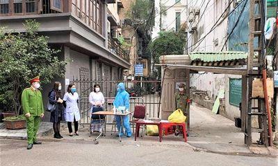 Hà Nội: Phong tỏa 1 ngôi nhà, 2 quán cafe liên quan đến ca dương tính SARS-CoV-2