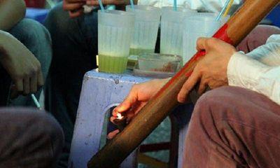 Hưng Yên phát hiện một công nhân nghi mắc COVID-19, F1 hút chung điếu cày