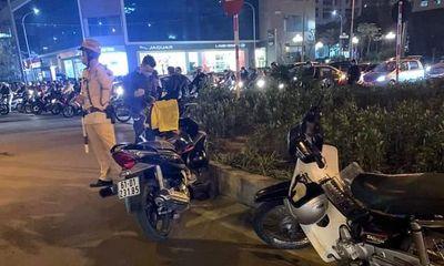 Hà Nội: Sau va chạm giao thông, người đàn ông bị đâm gục xuống đường