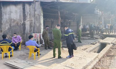 Cháy nhà ở Bắc Giang, 1 người chết, thi thể biến dạng