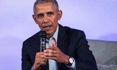 Cựu Tổng thống Obama tiết lộ từng đấm gãy mũi bạn vì vấn nạn