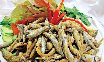 Mẹo vặt để cá nhỏ chiên giòn, thơm phức, ăn tan trong miệng