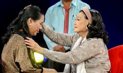 Cuộc đoàn tụ cảm động của NSND Kim Cương với con gái nuôi sau hơn 40 năm ly tán