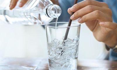 Tin tức đời sống ngày 9/3: Thủ phạm khiến người đàn ông suýt bị mù khi uống nước