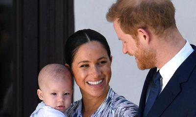 Hoàng gia Anh phá vỡ im lặng sau cuộc phỏng vấn 'bom tấn' của cặp đôi Harry - Meghan