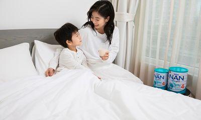 """Nestlé NAN giới thiệu NAN OPTIPRO 4 mới bổ sung công thức đột phá chứa HMOs kết hợp với đạm OPTIPRO và khởi động chương trình tìm kiếm """"Khoảnh khắc khôn lớn diệu kỳ của con"""""""
