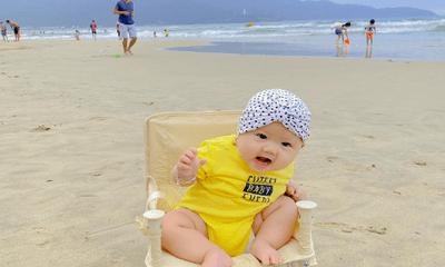 Em bé Măng Tây mới 5 tháng tuổi đã