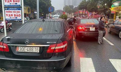 Vụ 2 xe Mercedes trùng biển số