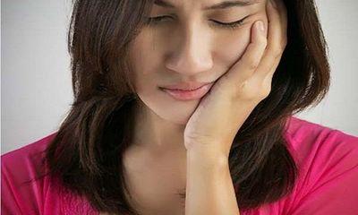 Người phụ nữ 30 tuổi cả hàm còn đúng 2 chiếc răng chỉ vì món khoái khẩu nhiều người thích
